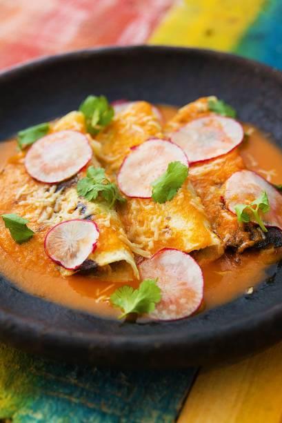 Tortilha de porco ao molho de tomate