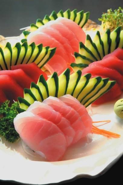Sashimi de robalo e atum