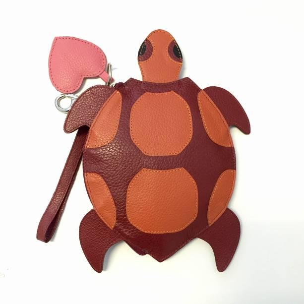 Bolsa tartaruga: de R$ 298,00 para R$ 179,00