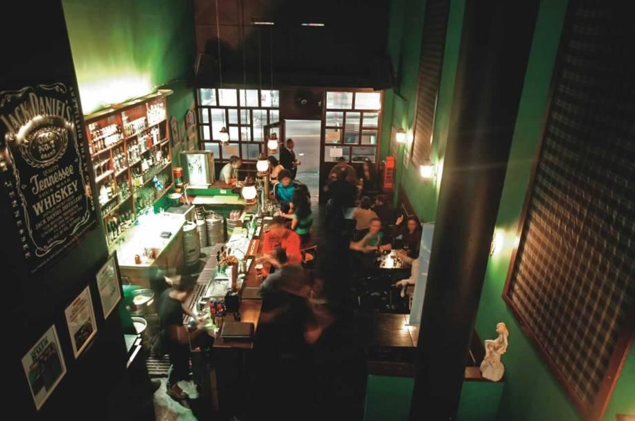 The Pub, no Baixo Augusta: ambientação fiel ao gênero e cinquenta rótulos de cerveja