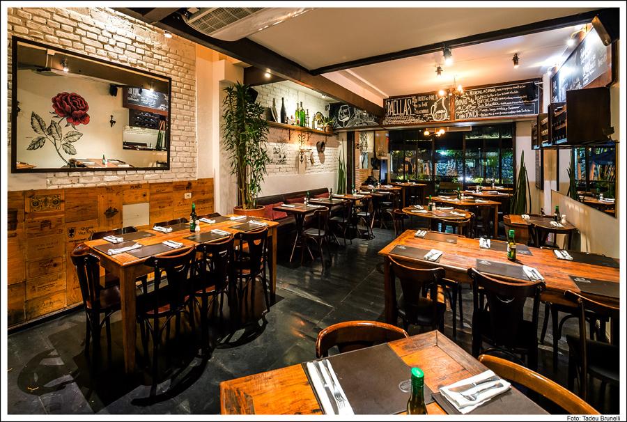 Torero Valese: bar tem opções de comida espanhola