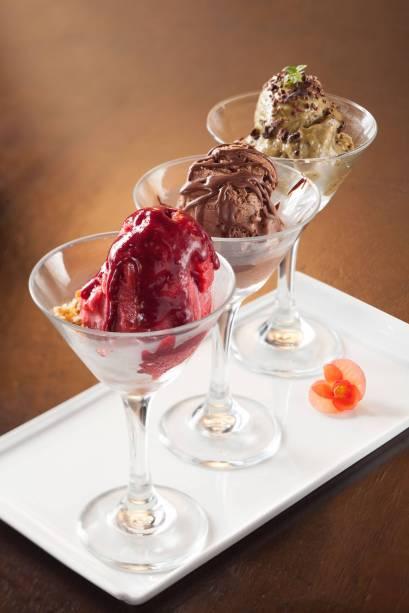 trio de sorvetes veganos e sem lactose