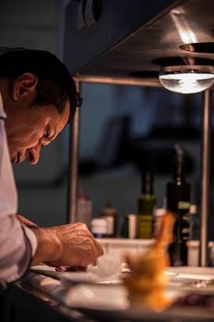 O chef: as receitas do Cantaloup são preparadas por Valdir Oliveira