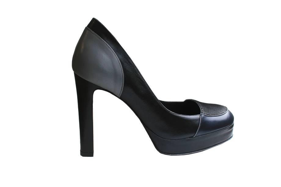 Sapato vogue: de R$ 1.200,00 por R$ 720,00