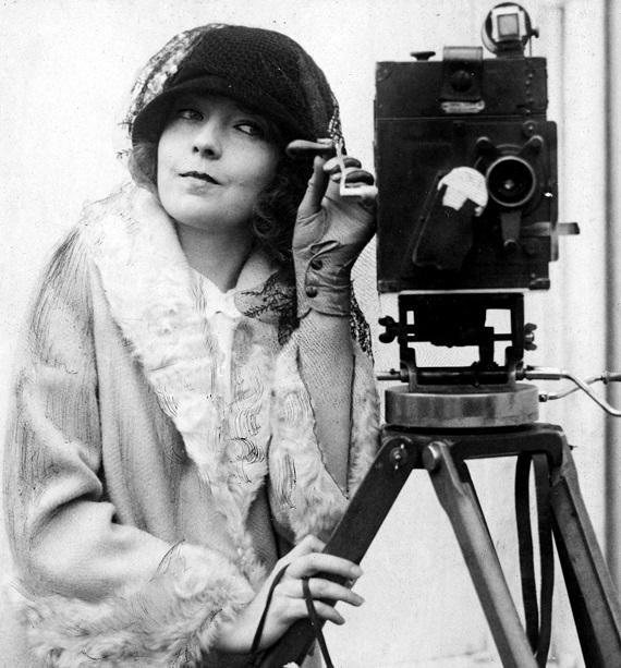 E a Mulher Criou Hollywood, de Clara Kuperberg e Julia Kuperberg
