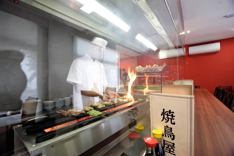 Yakitori: casa especializada em espetinhos de frango