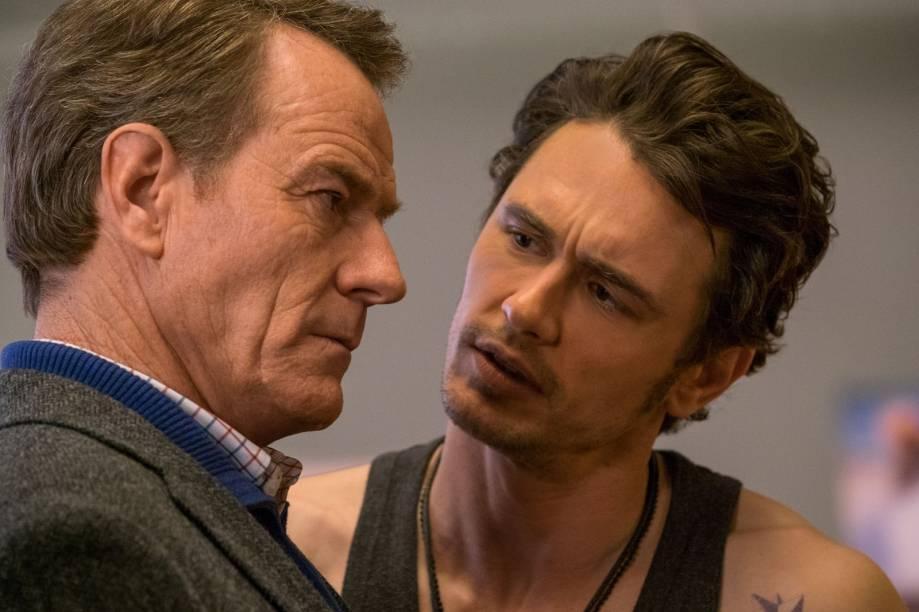 Tinha Que Ser Ele?: os atores Bryan Cranston e James Franco