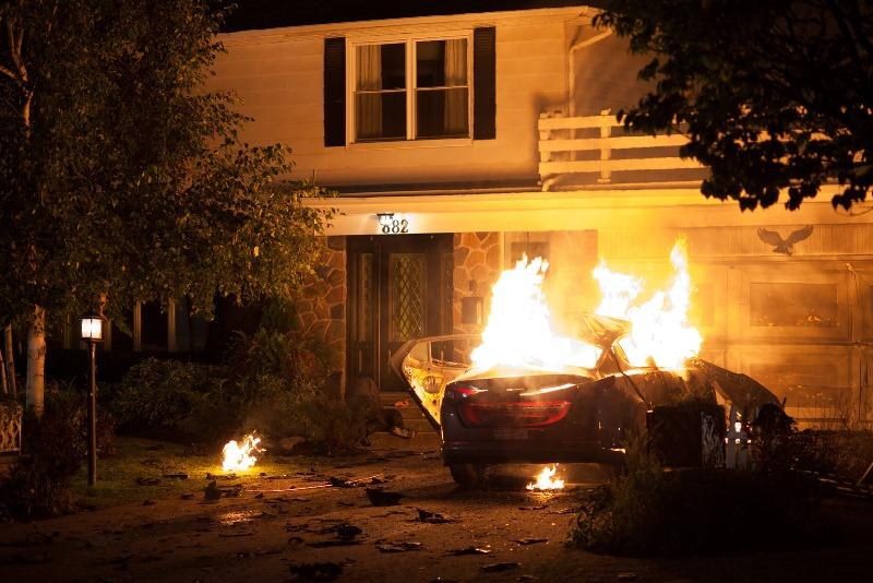 RoboCop: o policial Alex Murphy (Joel Kinnaman) sofre um atentado
