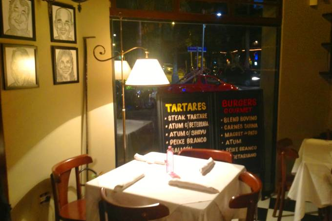 1-Astolpho_Burger_Gourmet_Tartares_ambiente1