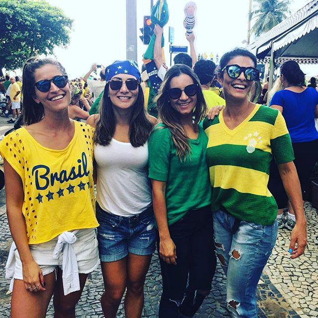 Juliana Paes: presença na manifestação no Rio de Janeiro (Foto: Reprodução/Instagram)
