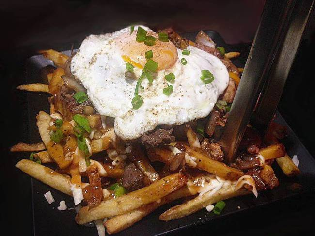 Canucks Poutinerie