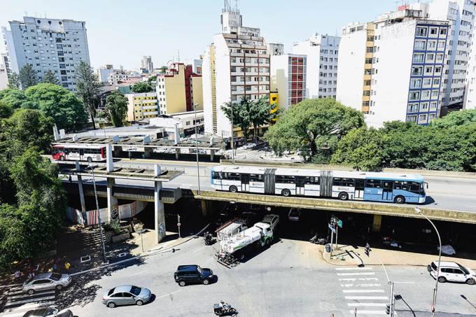 praca-14-bis-metro-transito.jpeg