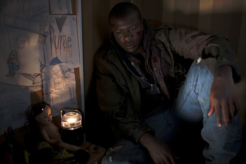 Uma Noite de Crime: o ator Edwin Hodge interpreta o personagem Stranger