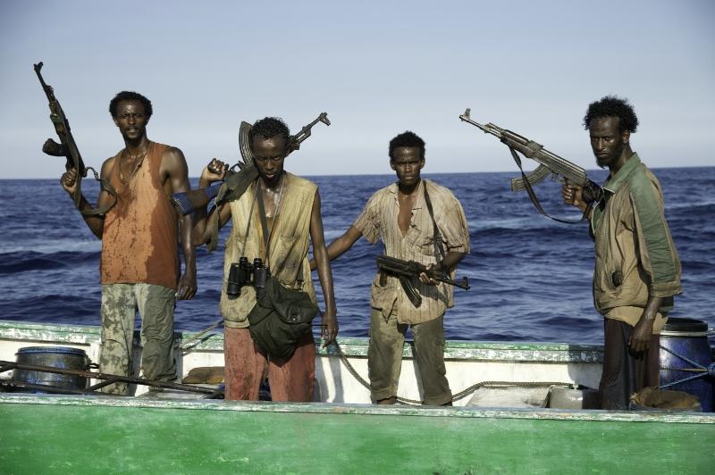 Capitão Phillips: tensão em alto-mar, invasão comandada pelo violento líder do grupo, Muse