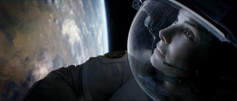 Gravidade: a dupla perde contato com a Terra