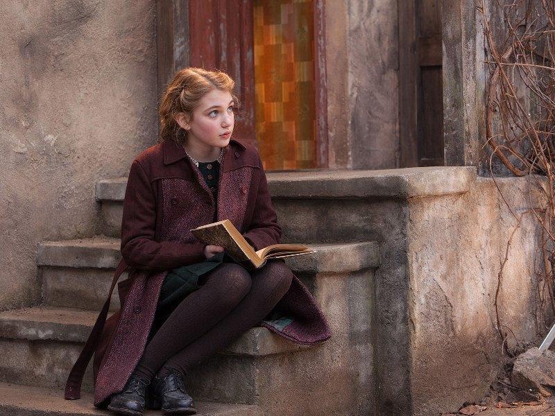 A Menina que Roubava Livros: a atriz Sophie Nélisse