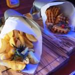 Dois tipos de batatas: rústica e jogo da velha