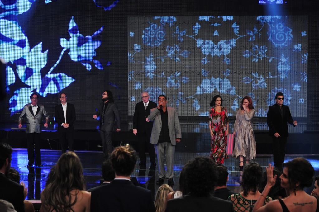Com presença de Zeca Pagodinho, elenco de A Grande Família anunciou a última temporada da série