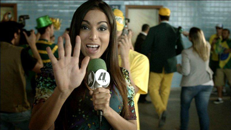 Copa de Elite: a cantora Anitta participa do longa