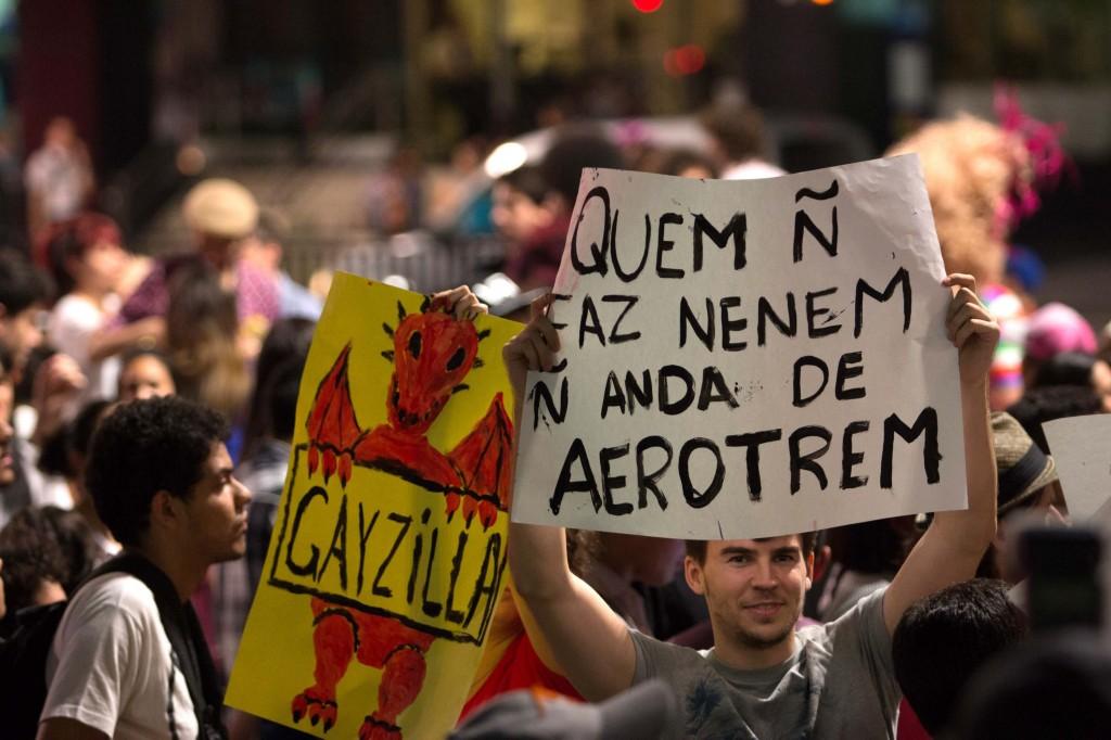Protesto LGBT contra Levy Fidelix.