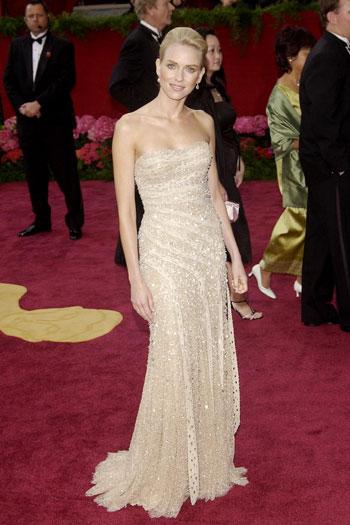 Naomi Watts vestiu Versace no Oscar de 2004 (Foto: Reprodução)