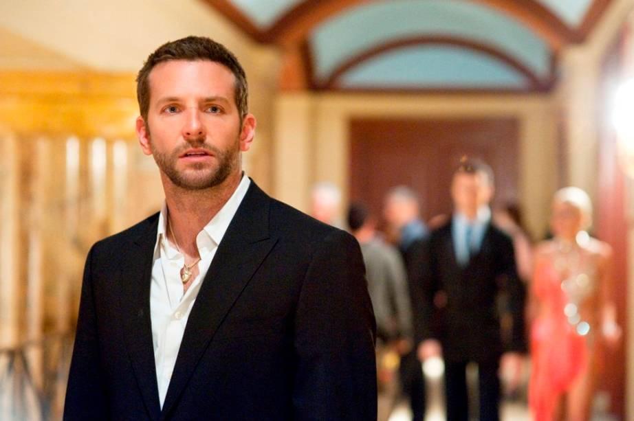 Bradley Cooper em O Lado Bom da Vida: papel de um homem com transtorno bipolar