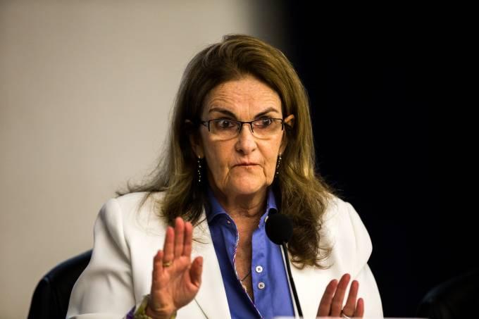 Graça Foster na coletiva sobre o balanço da Petrobras