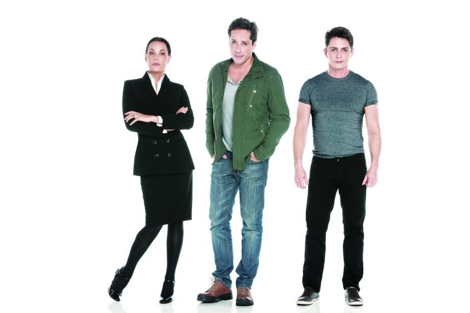Otávio Martins, Carolina Ferraz e Petrônio Gontijo: espetáculo dividido em dois atos