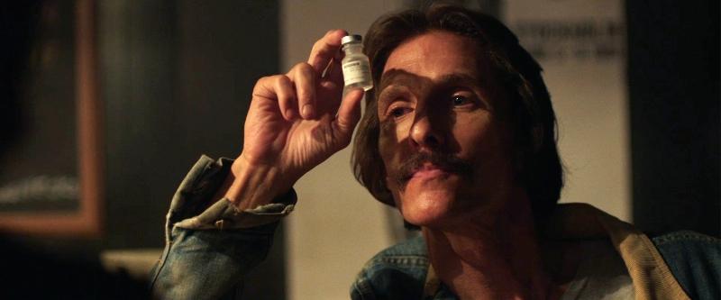 Clube de Compras Dallas: Ron Woodroof (Matthew McConaughey) é diagnosticado com AIDS