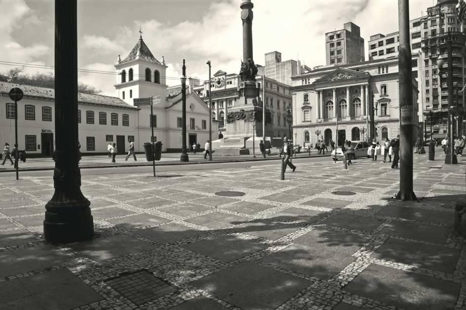 O Pátio do Colégio, tal qual foi reconstruído nos anos 1970: local escolhido por Nóbrega