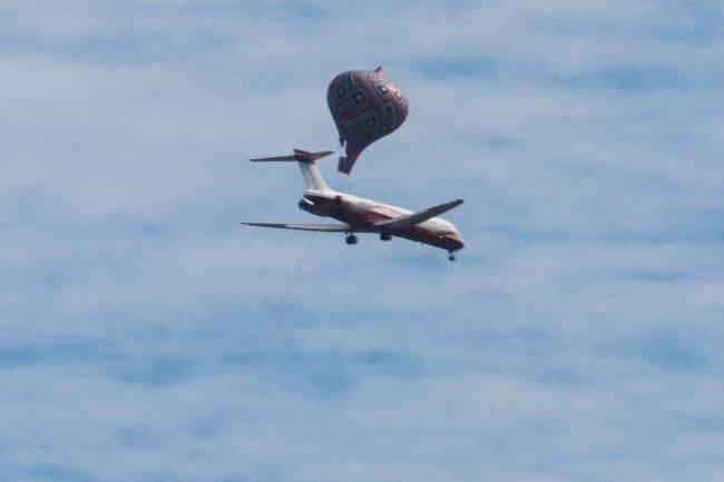 Balões na rota de aviões