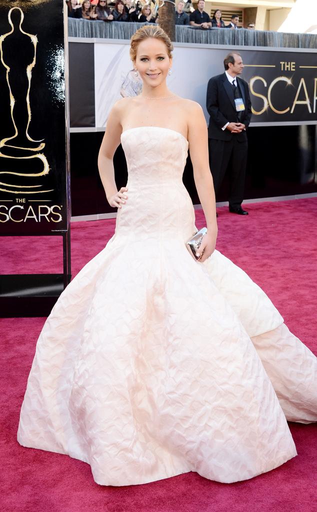 Vestida de Dior para a cerimônia do Oscar (Jason Merritt/Getty Images)