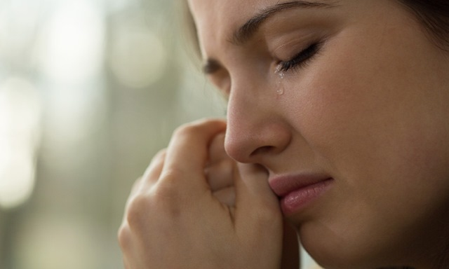 7-surprising-health-benefits-of-crying