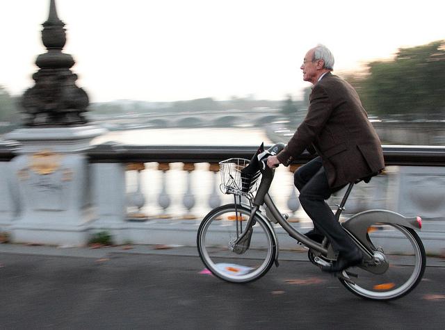 A Velib é uma das sensações de Paris (Foto: Jean-François Gornet, no Flickr)
