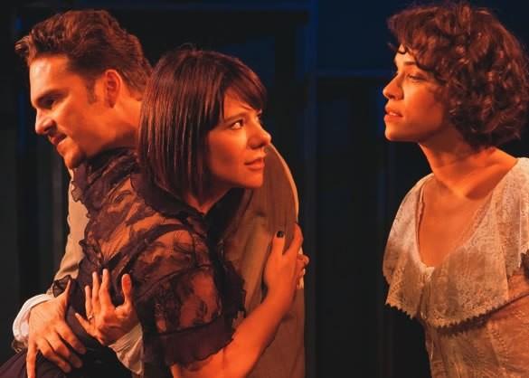 Elam Lima, Eloisa Vitz e Daniela Rocha Rosa, do Grupo Gattu, em A Serpente: o último texto de Nelson Rodrigues