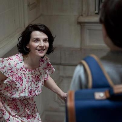 A Vida de Outra Mulher: Marie (Juliette Binoche) tem 40 anos e acorda pensando ter 25