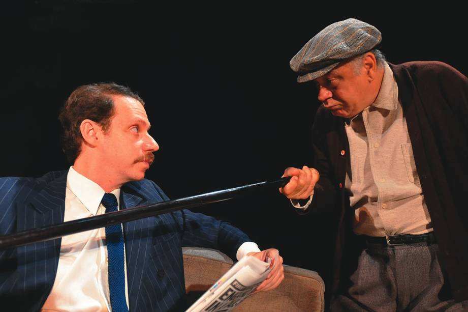 Bruce Gomlevsky e Tonico Pereira no drama A Volta ao Lar, de Harold Pinter