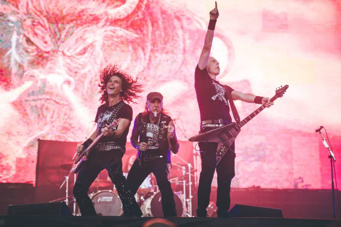accept-monsters-of-rock_camila-cara-6479