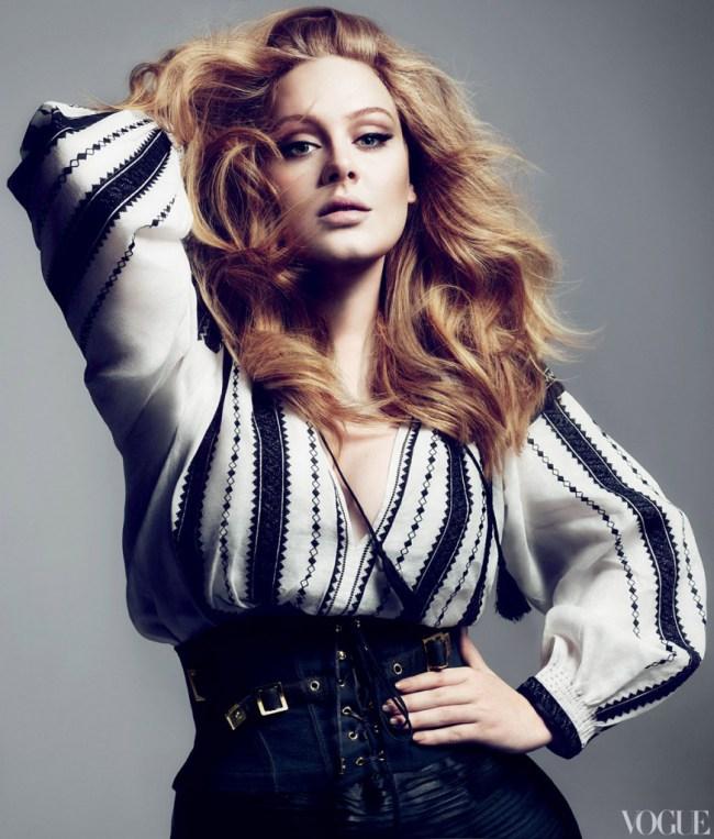 Adele em ensaio para a revista Vogue, em 2013
