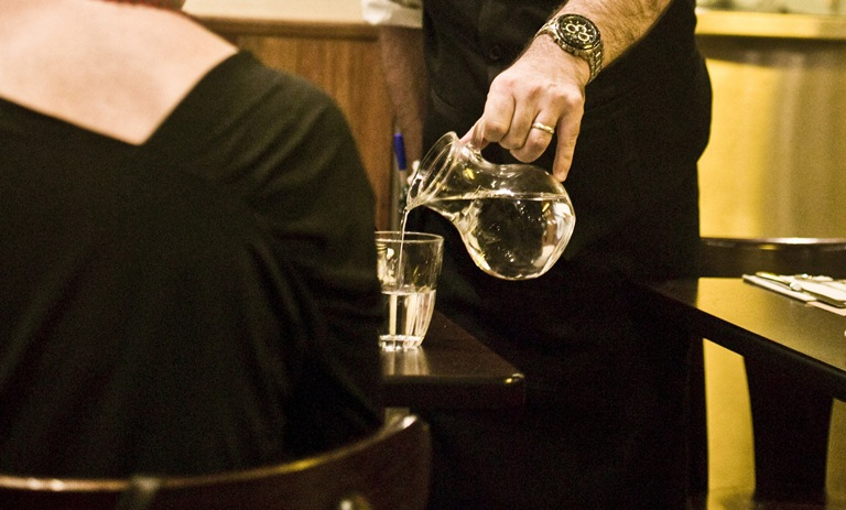No copo: servida na faixa (Foto: Mario Rodrigues)
