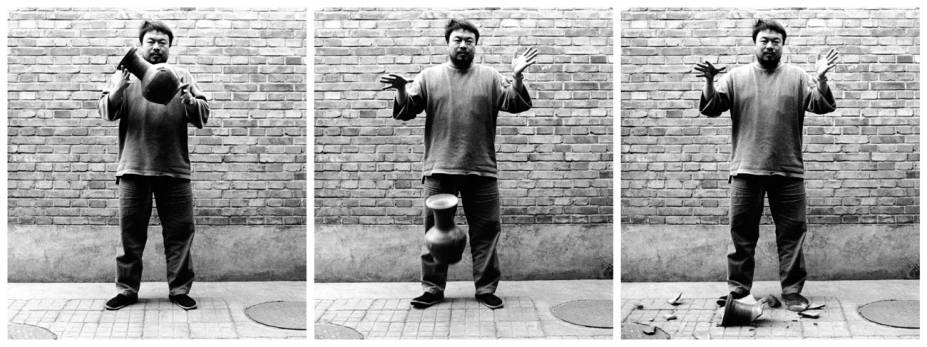 Dropping a Han-Dynasty Urn, de 1995
