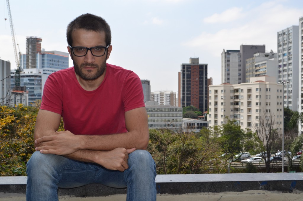 """O dramaturgo paulistano Alexandre Dal Farra: autor da trilogia """"Abnegação"""" e """"Bruto"""" (Foto: Mariana Marinho)"""