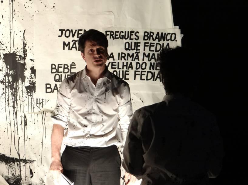 Puzzle: sob direção de Felipe Hirsch, a peça é encenada no Sesc Pinheiros