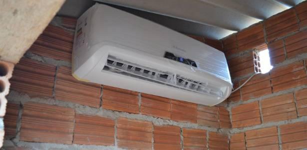 ar condicionado cadela 2