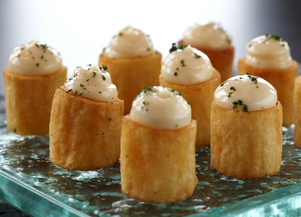 As famosas batatas do Arola Vintetres: no menu degustação de R$ 49,90 (Foto: Ligia Skowronski)