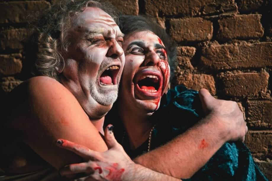 Trágicos e cômicos: Luciano Chirolli e Danilo Grangheia estão no elenco de As Três Velhas