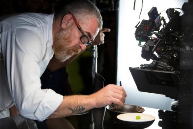 Atala em ação no Chef's Table: nova janela para o mundo (Foto: divulgação)