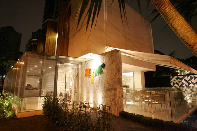 Restaurante Attimo //