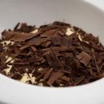 Musse de maracujá com raspas de chocolate