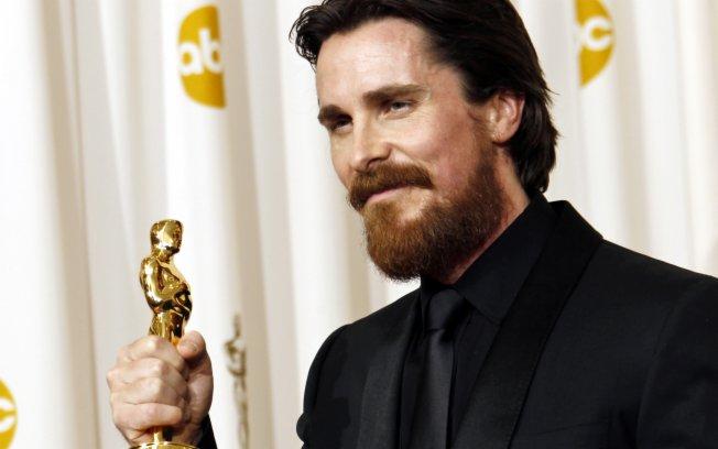 Christian Bale: melhor ator coadjuvante por O Vencedor